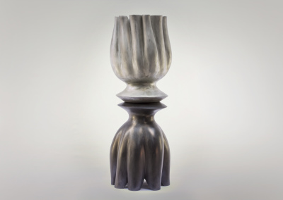 """Theo Willemse: """"Nestling Black Pearl"""""""